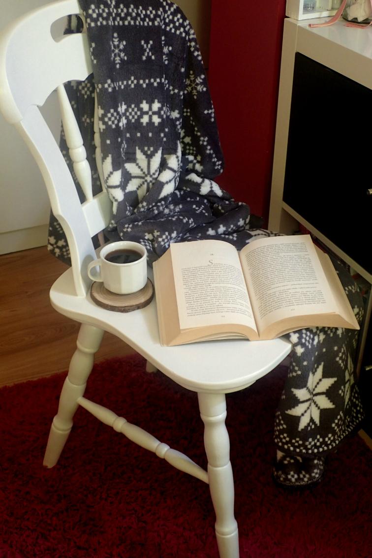 jak odnowić stare krzesło