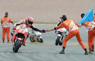 MOTO GP - Marc Márquez saldrá primero en el Gran Premio de Gran Bretaña. Jorge Navarro logró su primera pole en Moto3