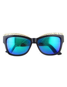 www.shein.com/Lady-Colored-Oversized-Green-Fashionable-Sunglasses-p-224369-cat-1770.html?aff_id=2687