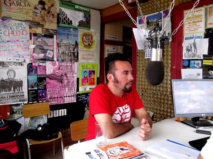 """Guión radial del programa """"PASAN COSAS"""" (Radio Voz de la Mujer, Concepción) 6 de noviembre del 2013"""