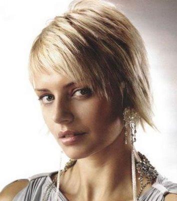 http://3.bp.blogspot.com/-fjF6u7dlfUw/Tlaa-x2Mj3I/AAAAAAAAABY/LfMdhbHn0Vw/s1600/2010+Messy+short+hair+cuts+hairstyles+for+women2.jpg