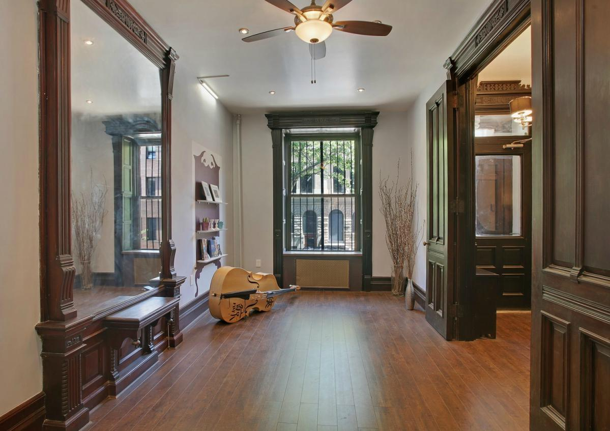 Victorian gothic interior style gothic interior design for New york brownstone interior design