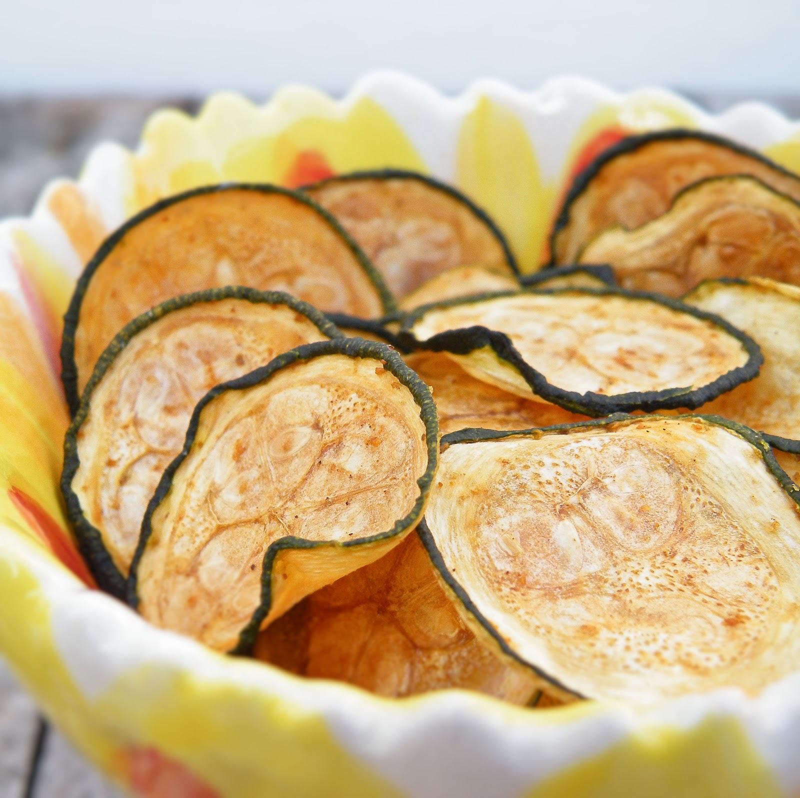 vittles and bits baked zucchini chips