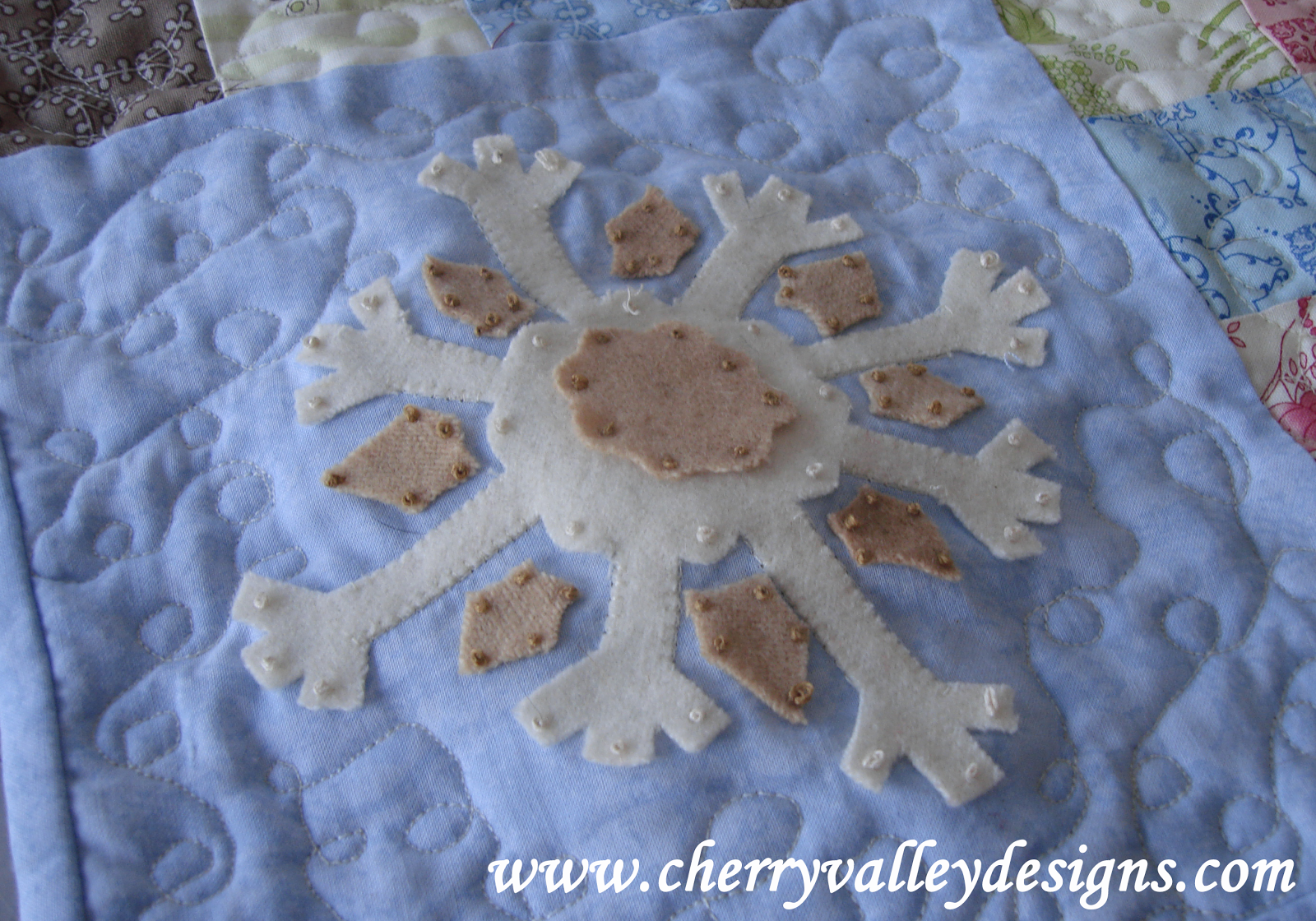 Cherry+Valley+Designs+Snowflake+Applique