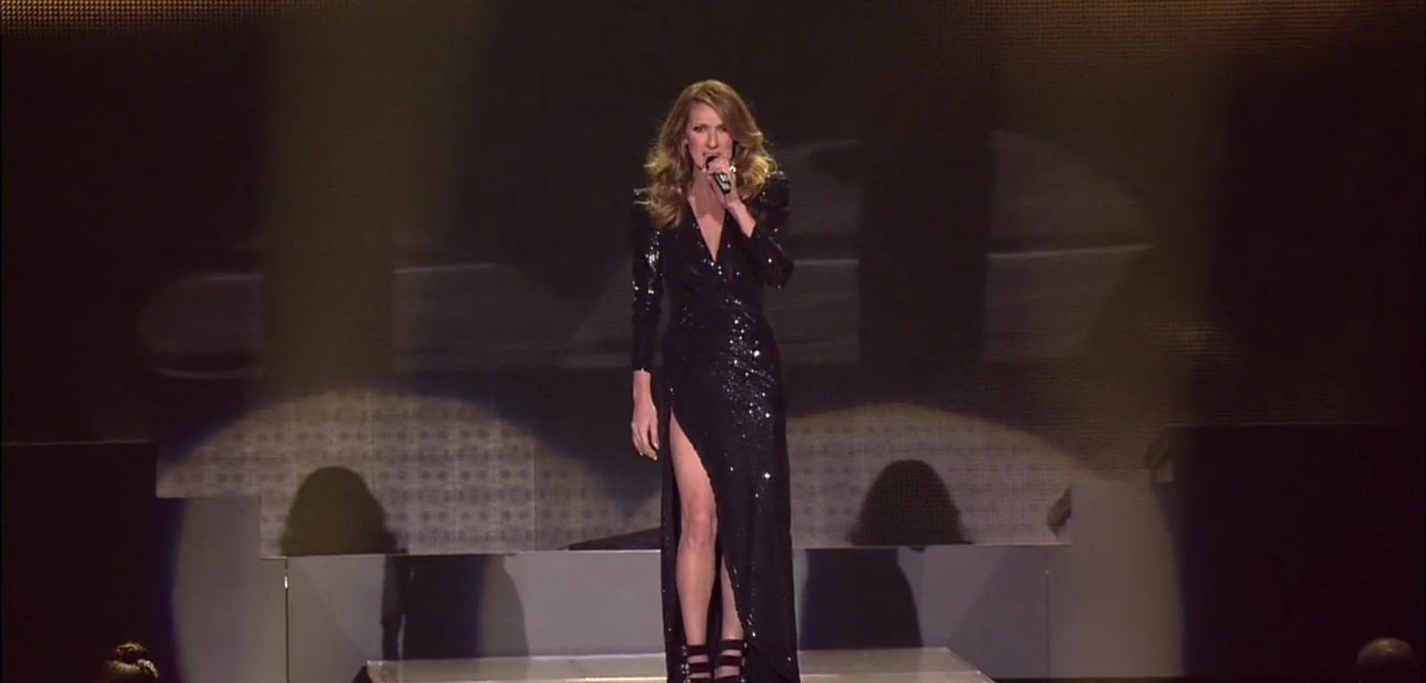The power of love celine dion septembra 2012 for Adhemar dion maison