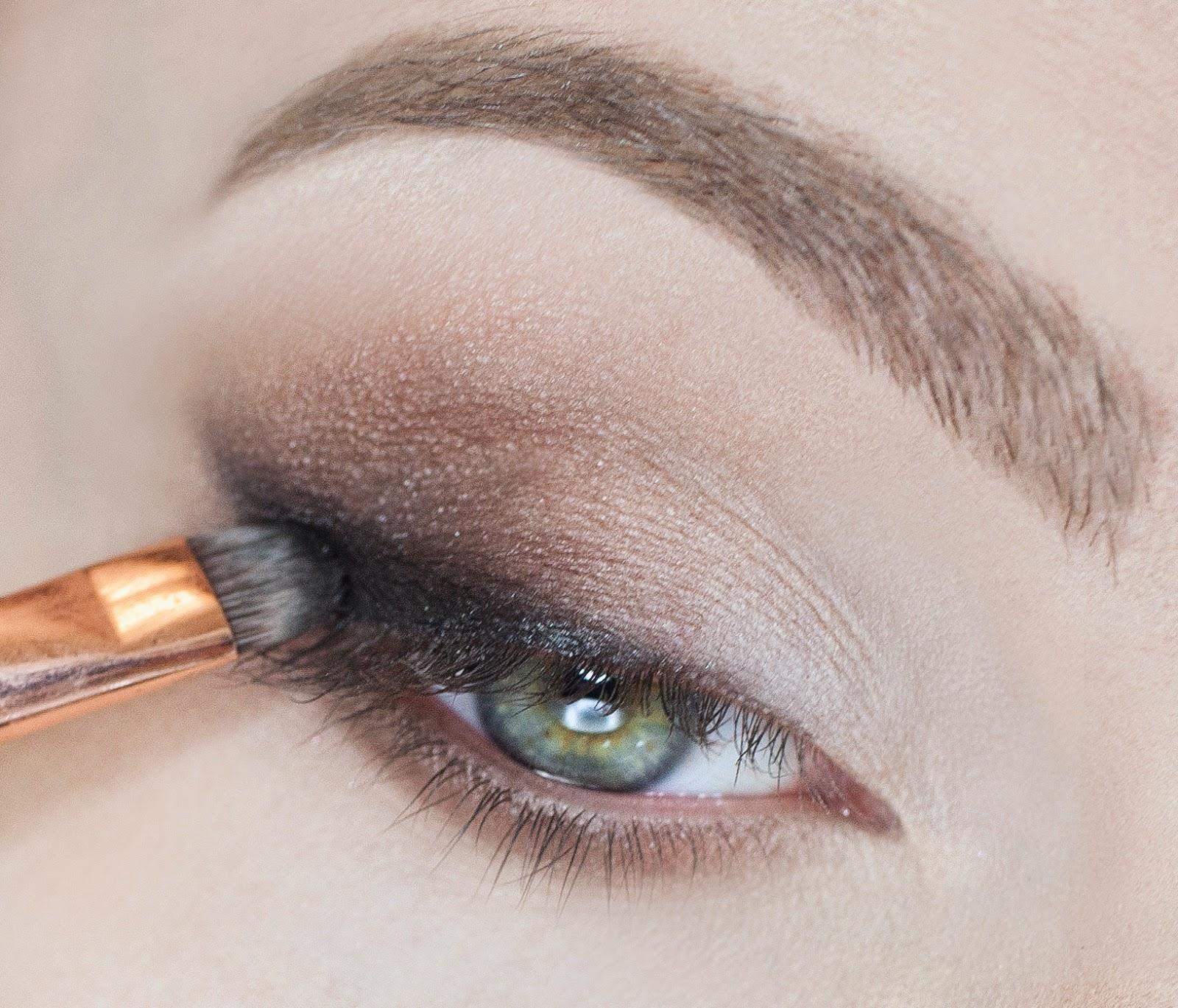 Коричневый макияж глаз поэтапно фото