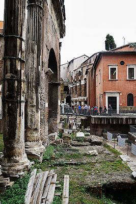 Ghetto di Roma: Gli scavi tra Portico d'Ottavia e Teatro Marcello, oggi preziosa meta turistica