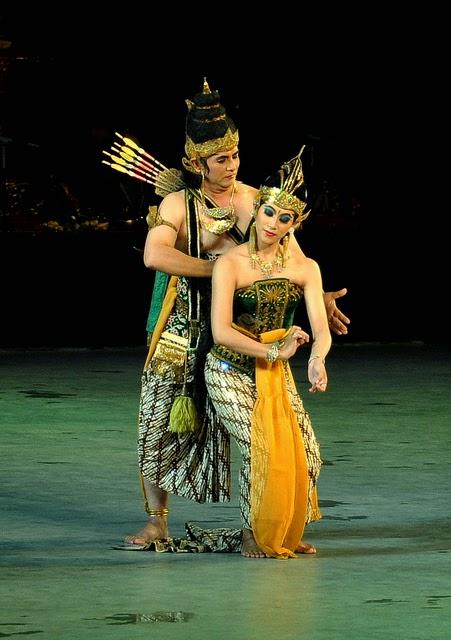 Paket Wisata Jogja Bromo Tour Bali - Ramayana Ballet
