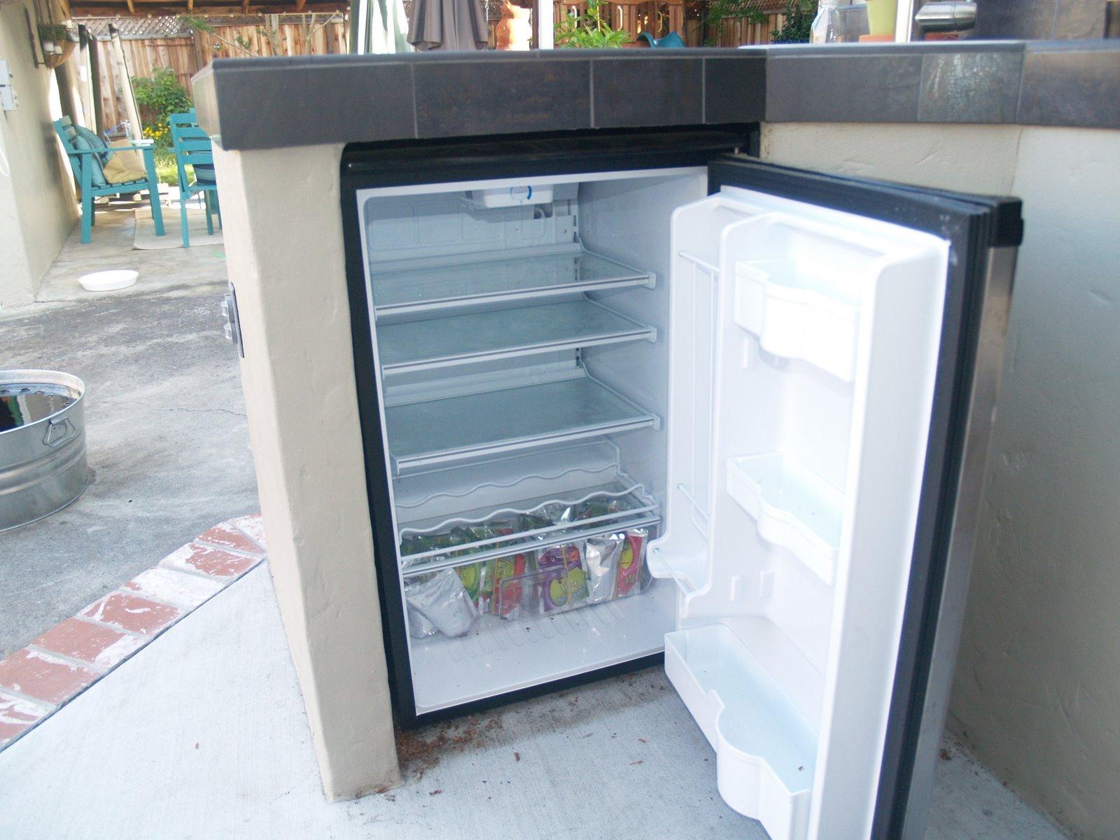 Guess What?: Kegerator conversion of Danby mini-fridge