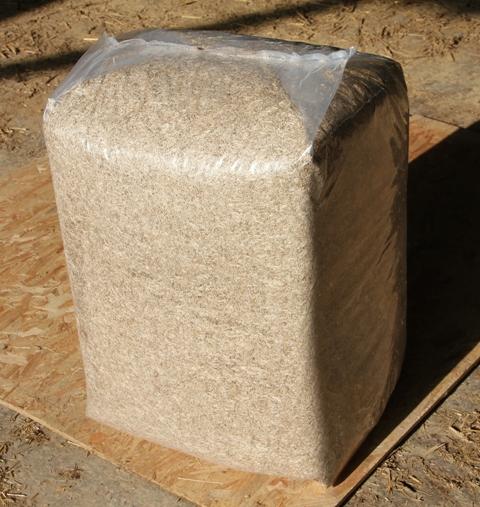 les mat riaux pour restaurer votre maison en terre les paillettes de lin. Black Bedroom Furniture Sets. Home Design Ideas