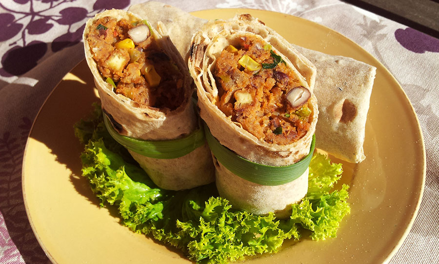 Weganska Rozpusta Burrito W Pelnoziarnistej Tortilli Z
