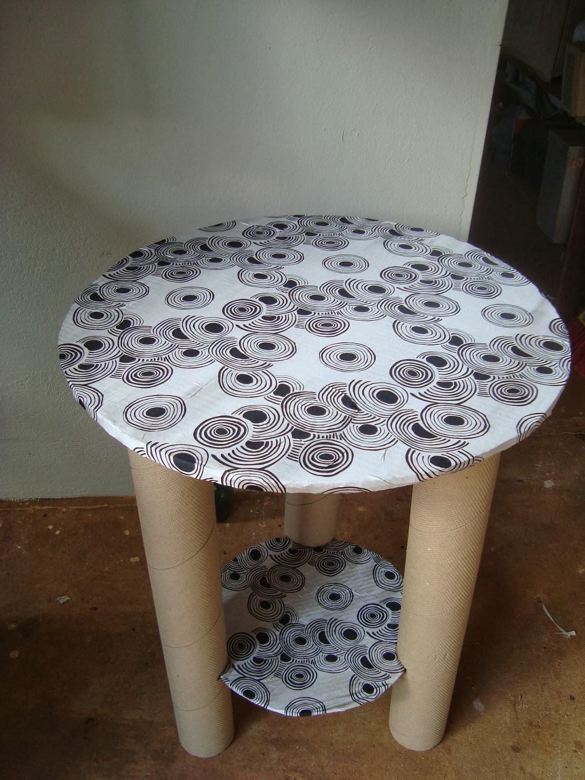 Rosa luiza artes e gostosuras mesa de tubo de papel o - Mesas de carton ...