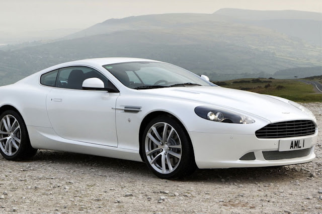 2011-Aston-Martin-DB9-Coupe-Wallpaper