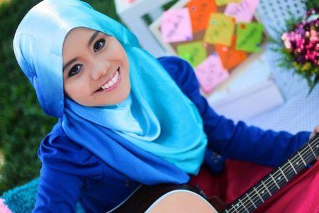 Malaysia, Hiburan, Artis Malaysia, Selebriti, Najwa Latif, Terharu, 'Sahabat', Dinyanyikan, Oleh, Pelajar, AS, CHS Chorus