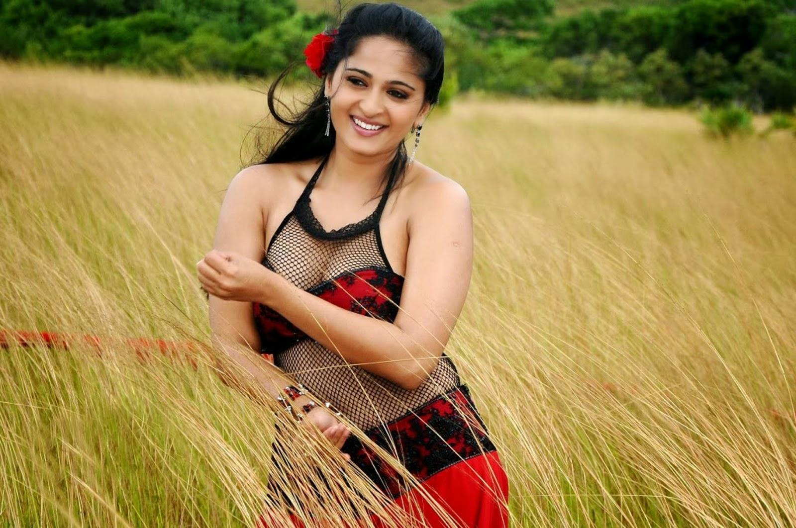 Anushka Shetty Wallpapers Free Download