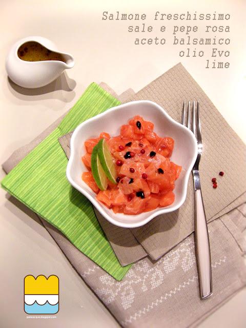 tartare di salmone, lime e pepe rosa