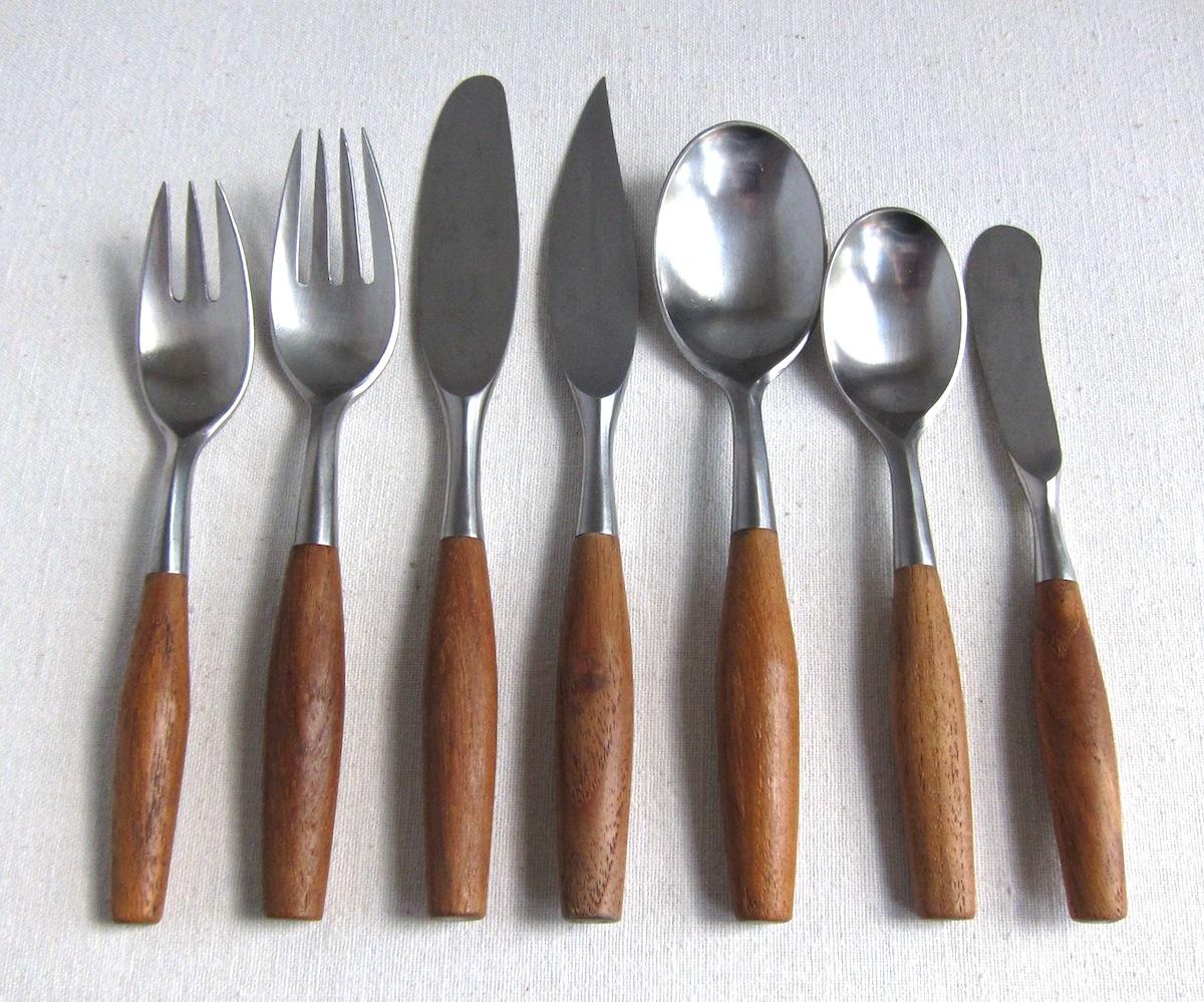 jeni sandberg  thcentury design gotta dansk  fjord flatware  - fjord flatware in teak and stainless steel by dansk