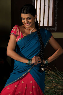 tashu koushik  Pictures in half saree 001.jpg