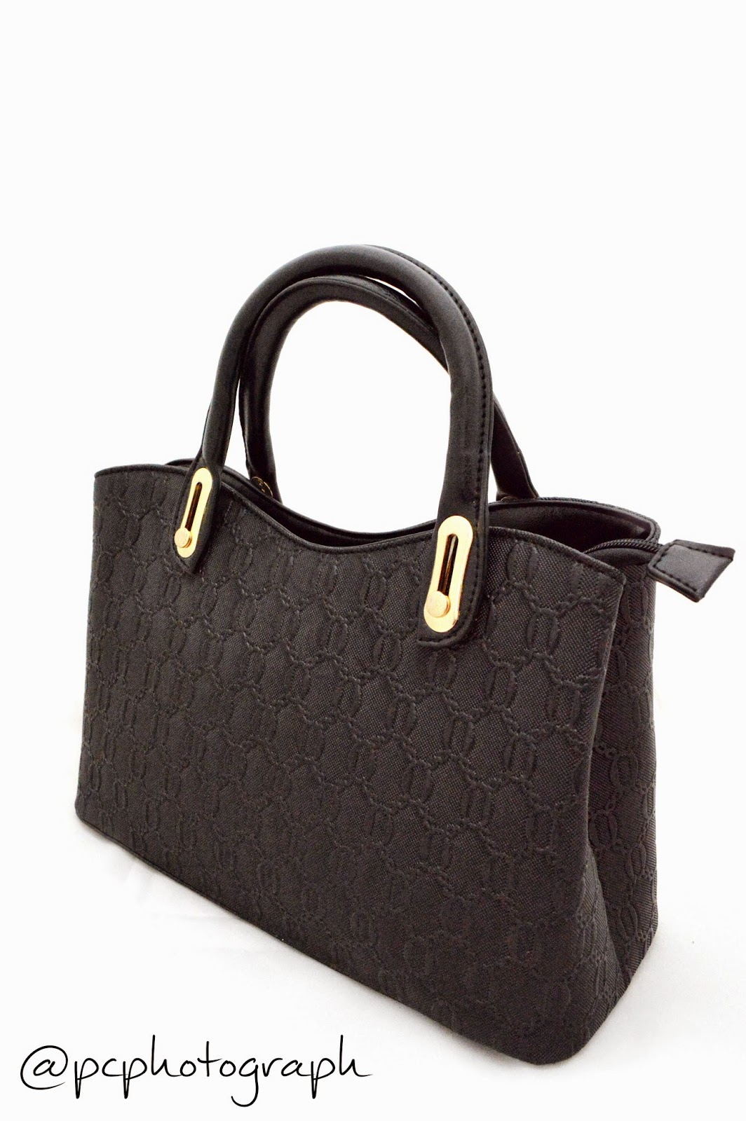Grosir tas korea terbesar yang berada dibatam menjual berbagai macam tas fashion yang berkualitas dan unik menerima dropshipper serta reseller sebagai media partner kunjungi kami lebih lanjut