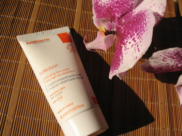 Ivatherm_sunlight_spf50_protectie_solara_review_opinie_01