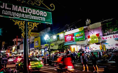 Keramaian di Jalan Malioboro