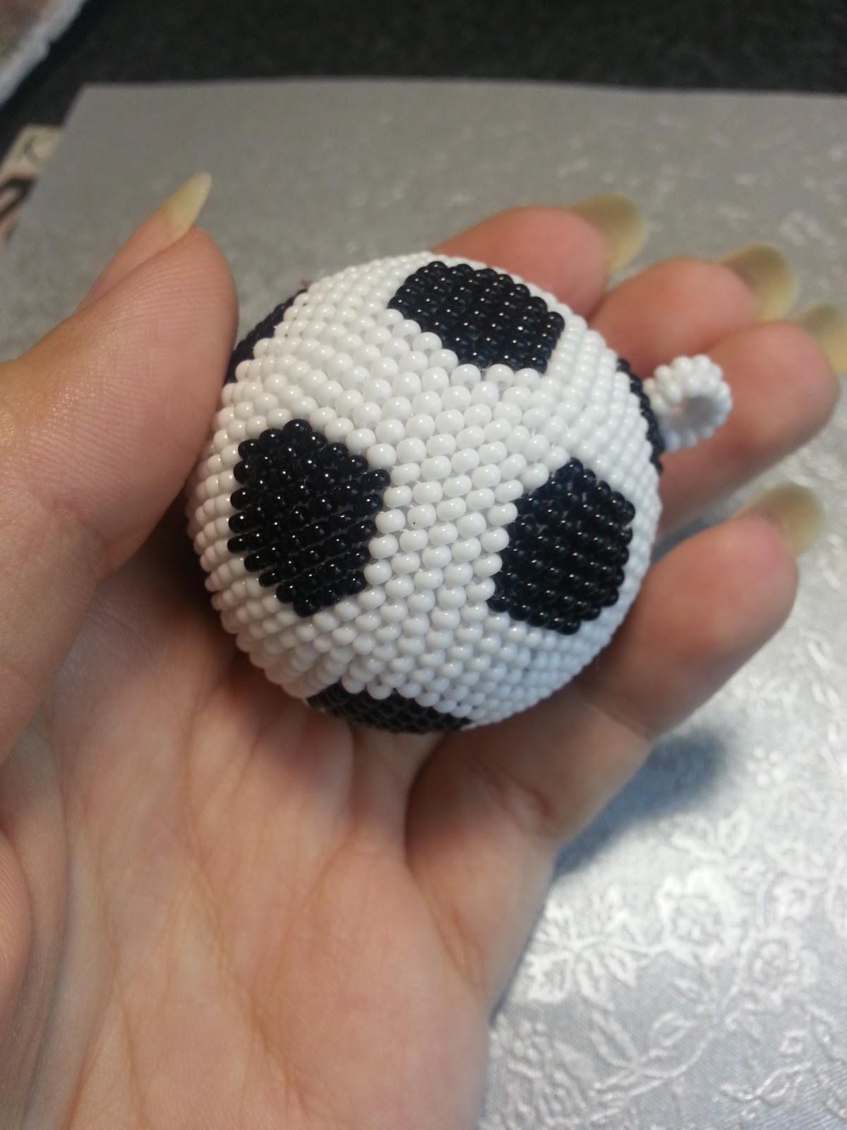 видео как сделать из мячик бумаги