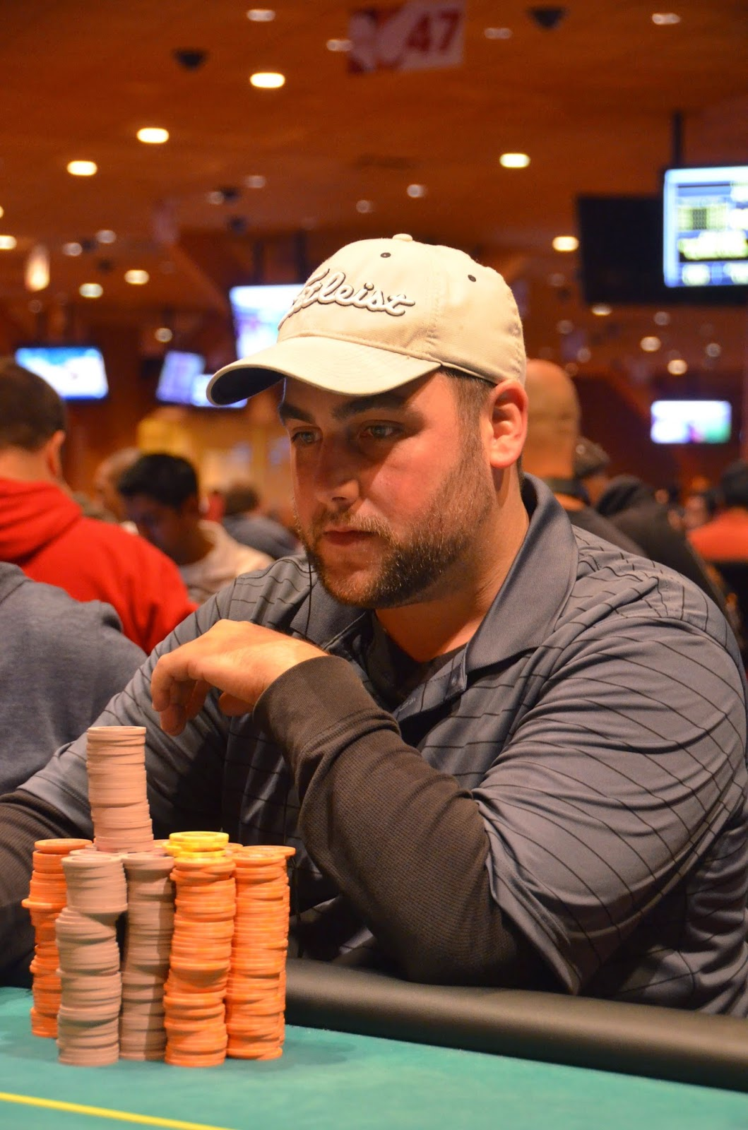 Parx big stax viii oct 1 20 2014 big stax 300 day 2 the millionaires club for Parx poker room live game report