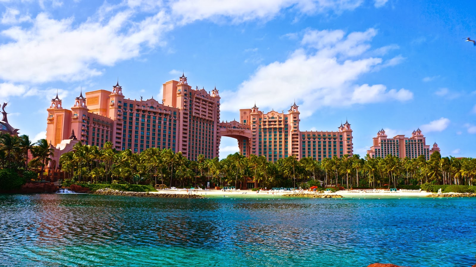 Atlantis Resort Hotel, A Night Here, Cheapest 300 USD / Day For A Room