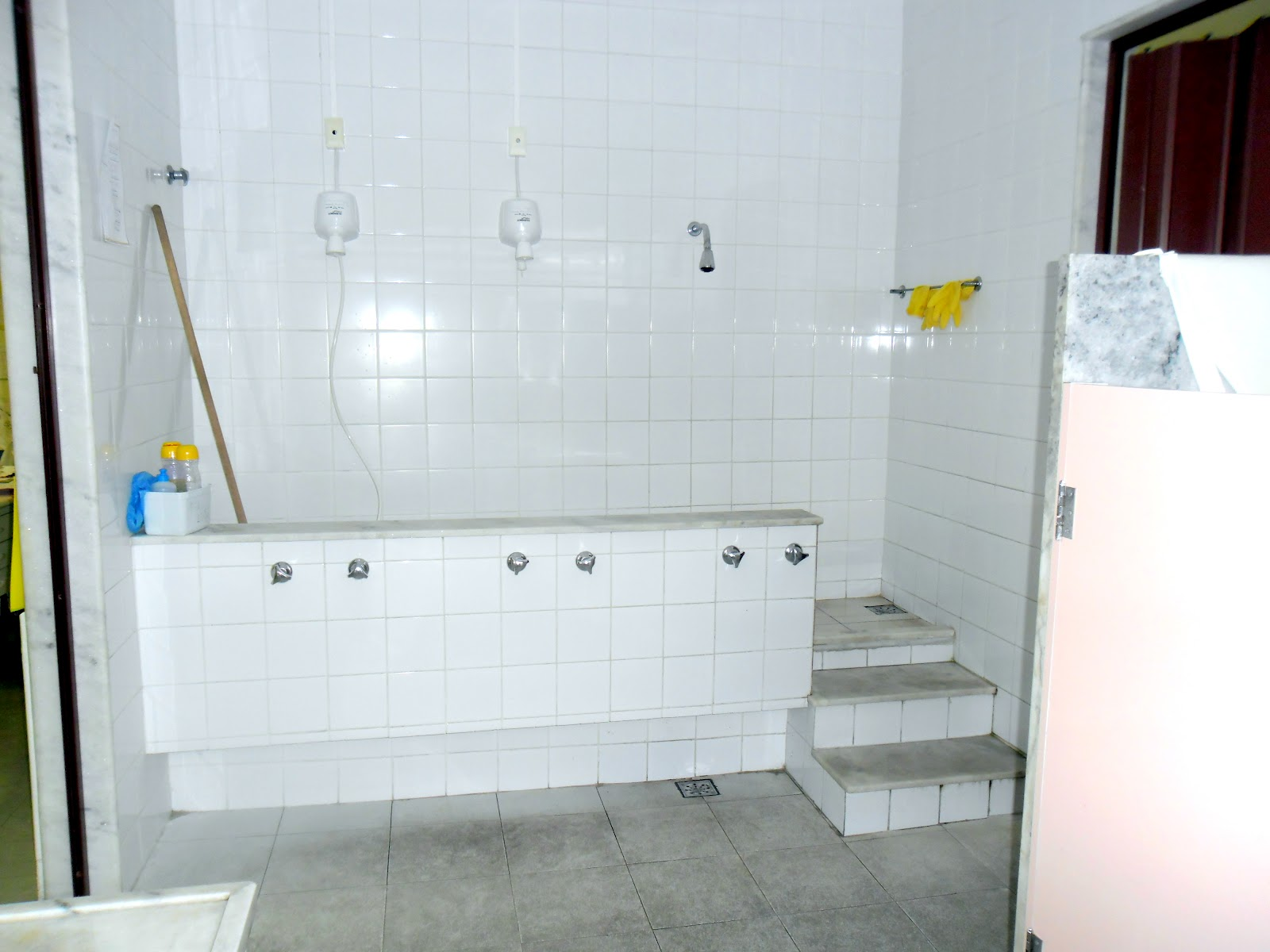 banheiro das crianças banheiro das crianças #BBB010 1600 1200