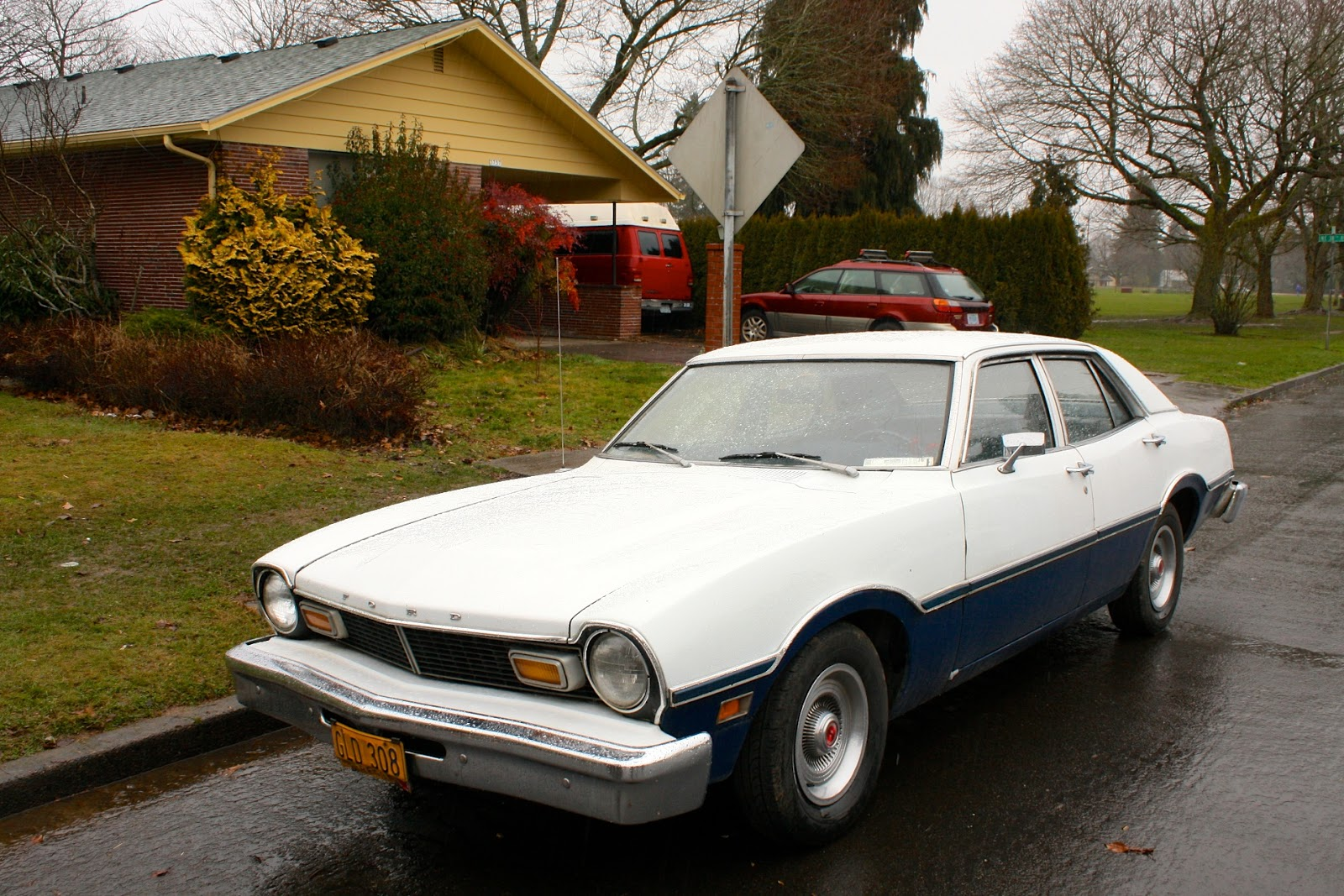 1976 Ford Maverick Sedan.