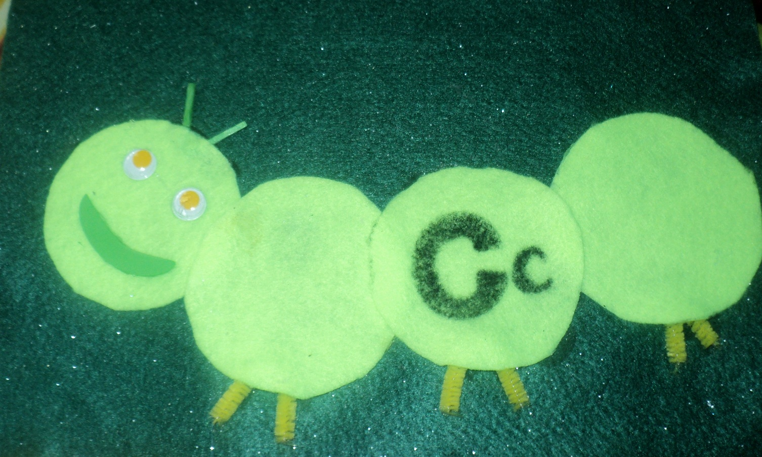 Adventures at home with Mum: C is for Caterpillar: 3 caterpillars to