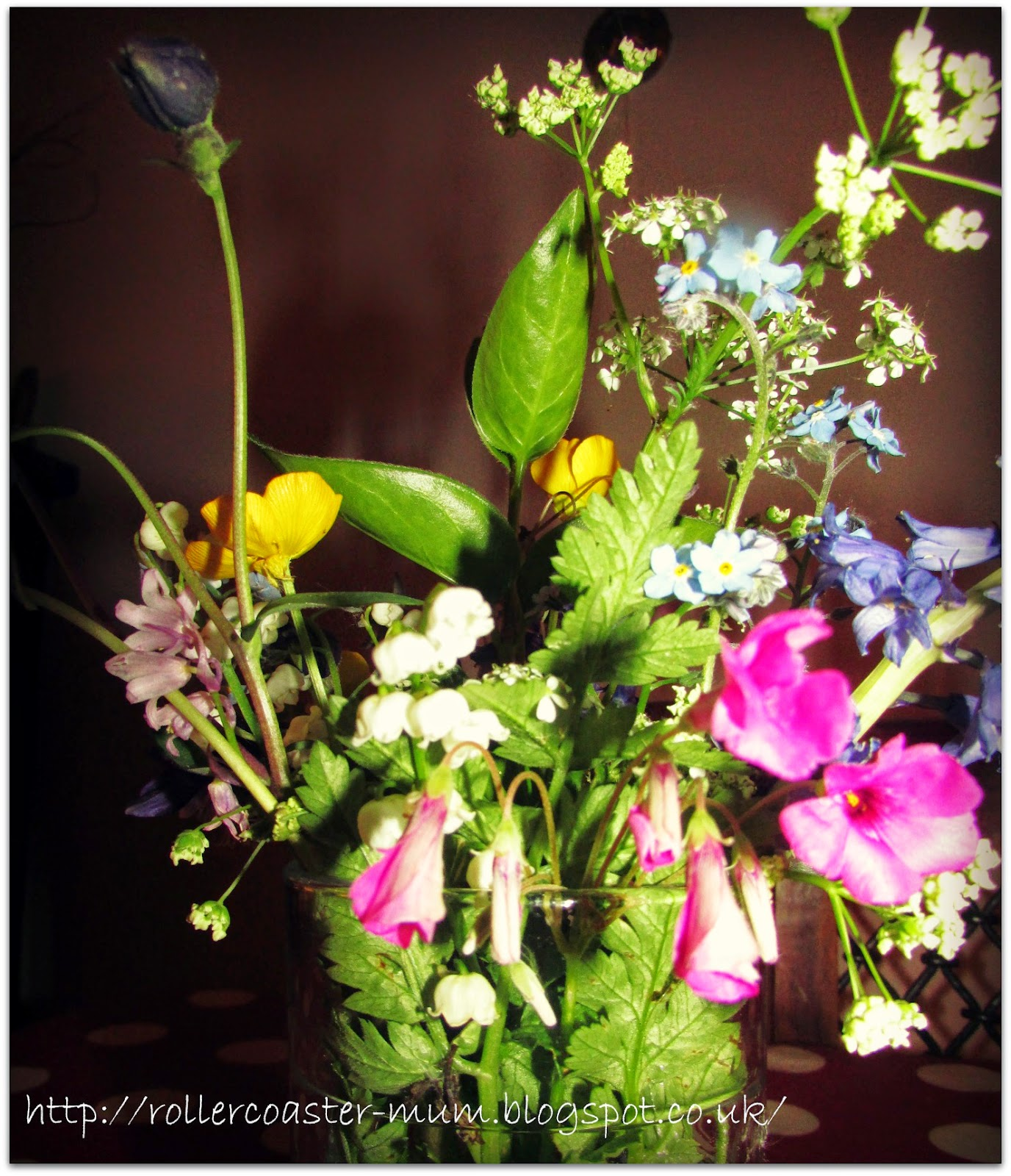pretty wildflower posy for Brownie Hostess badge
