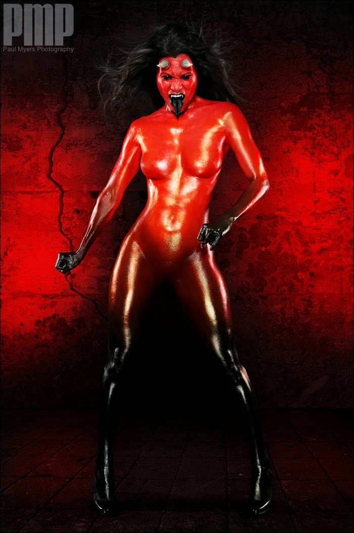 body paint rouge de démone