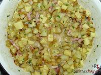 Tortilla española con queso y baicon-mezcla hecha