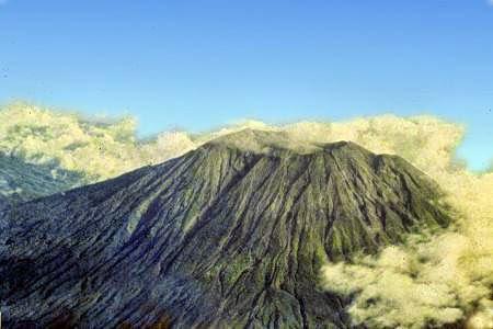Bali volcano: Mount Agung
