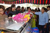 Telugu Hero Uday Kiran Condolences-thumbnail-15