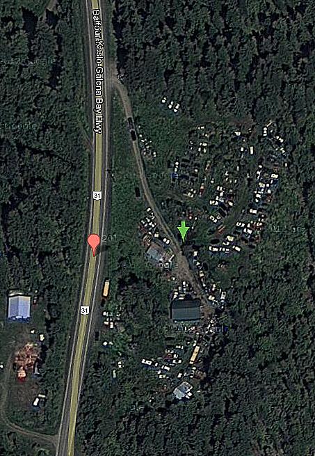 https://maps.google.com/maps?q=49.949712,-116.905062&num=1&t=h&z=18&lci=com.panoramio.all