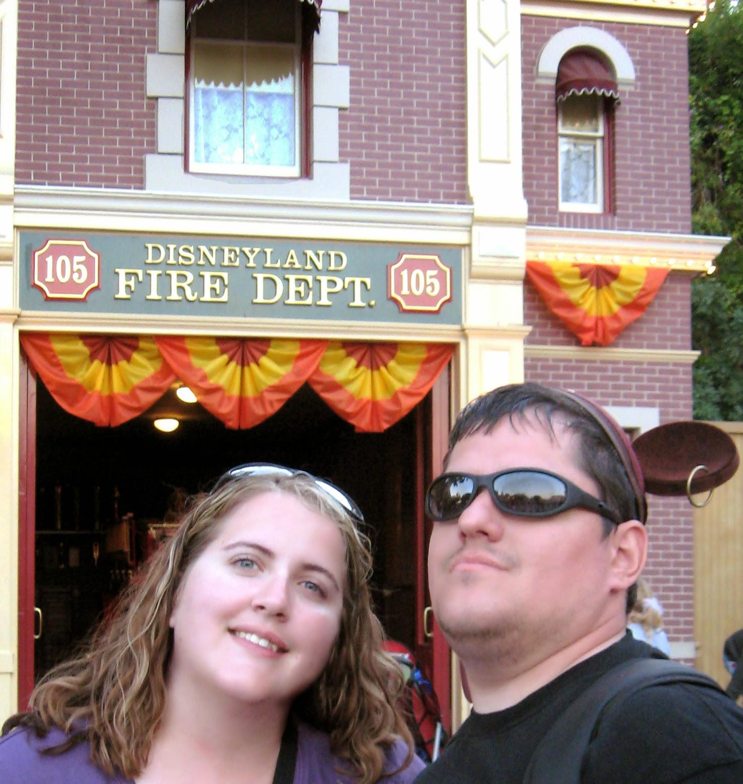 10 Iconic Disneyland Photo locations from LoveOurDisney.com