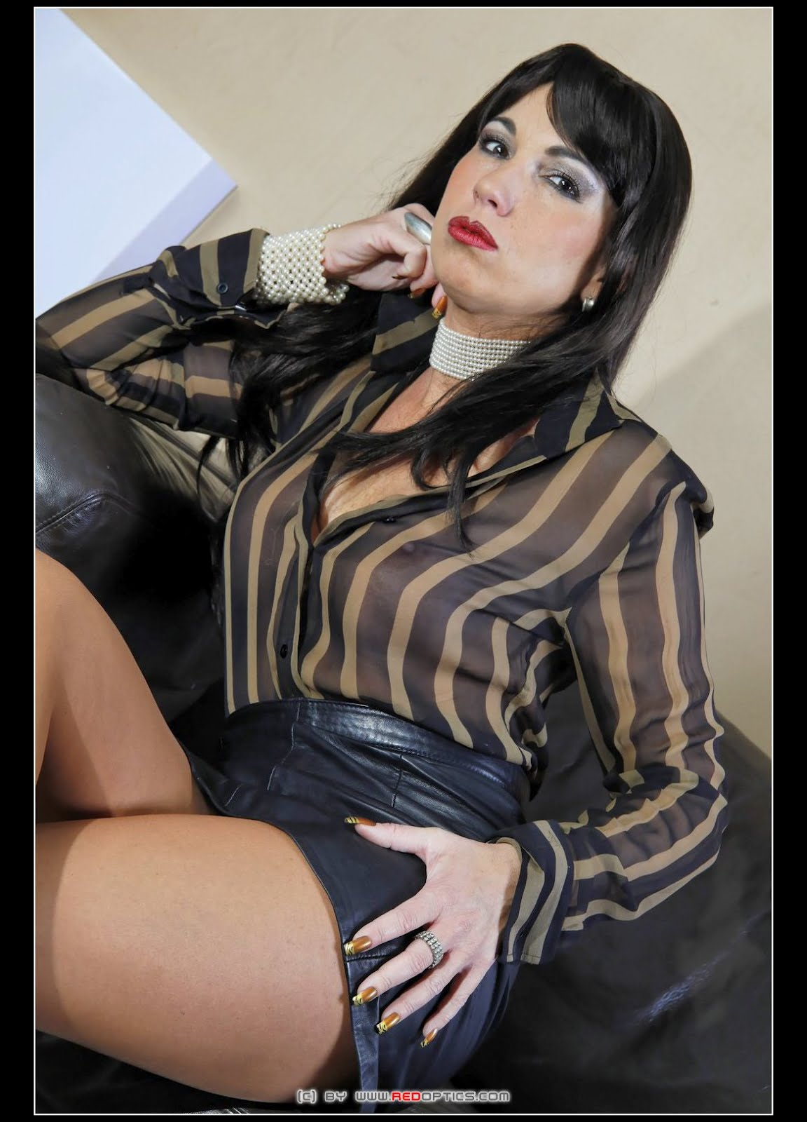skirt mistress