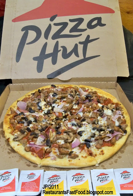 MEAT+LOVERS+Large+with+Mushrooms+Onion+Black+Olives%2C+Pizza+Hut+Meat ...