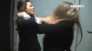 Monica Iozzi e Dani Calabresa brigando