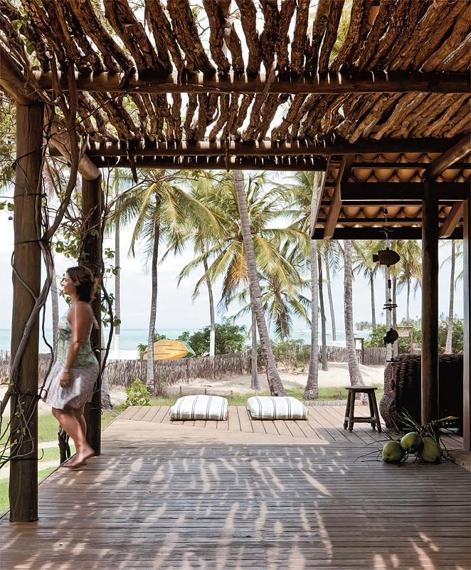 Decoracion Rustica Para Casas De Playa ~ Interiormente, disfruta de ambientes abiertos, y mucho color, jugando