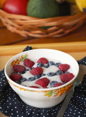 Płatki jęczmienne z owocami