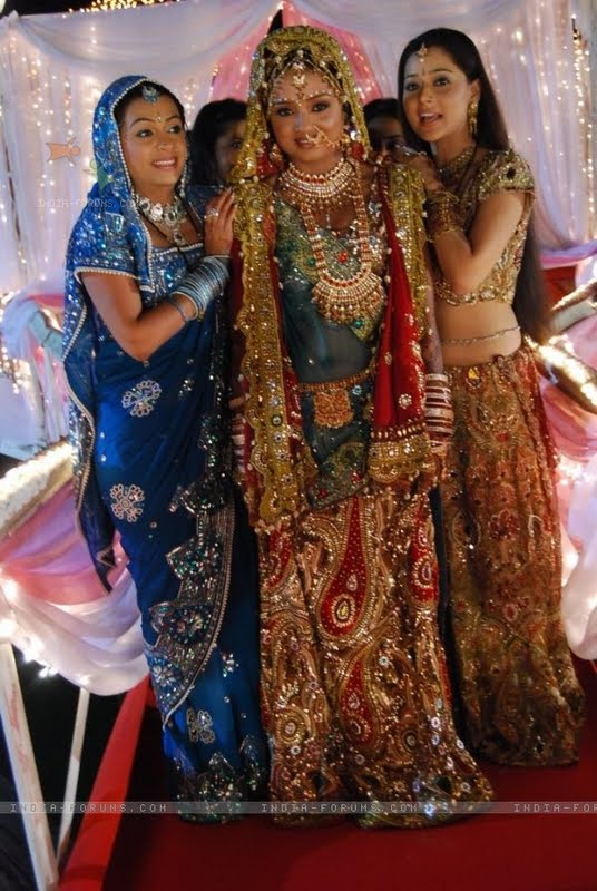 Bidaai serial sadhna wedding