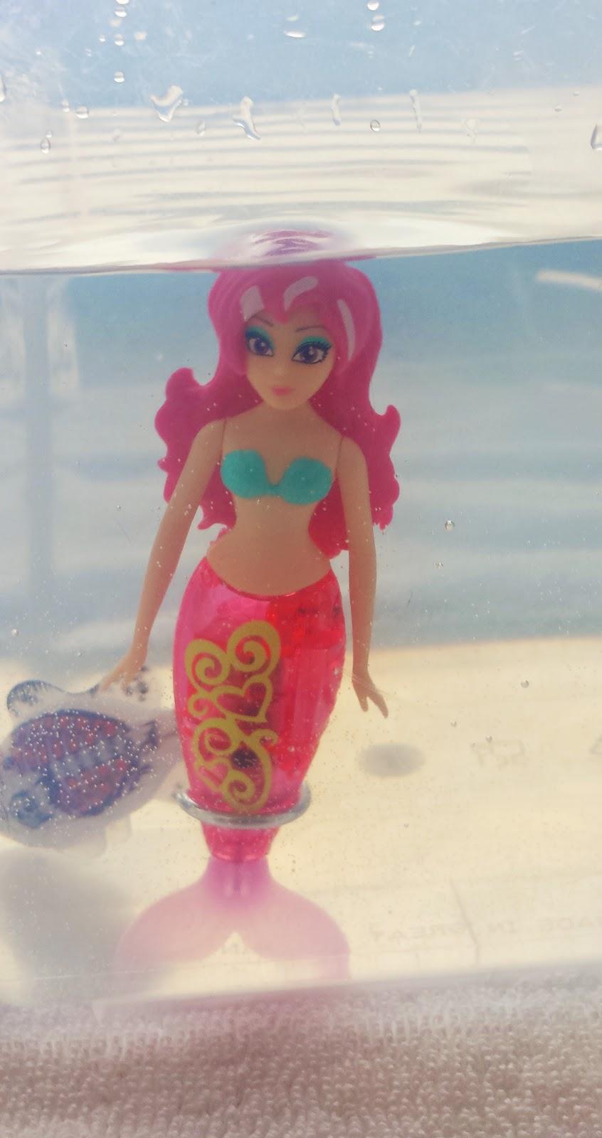 Zuru Robofish My Magical Mermaid and Robo Fish Pirate Review Christmas Toy