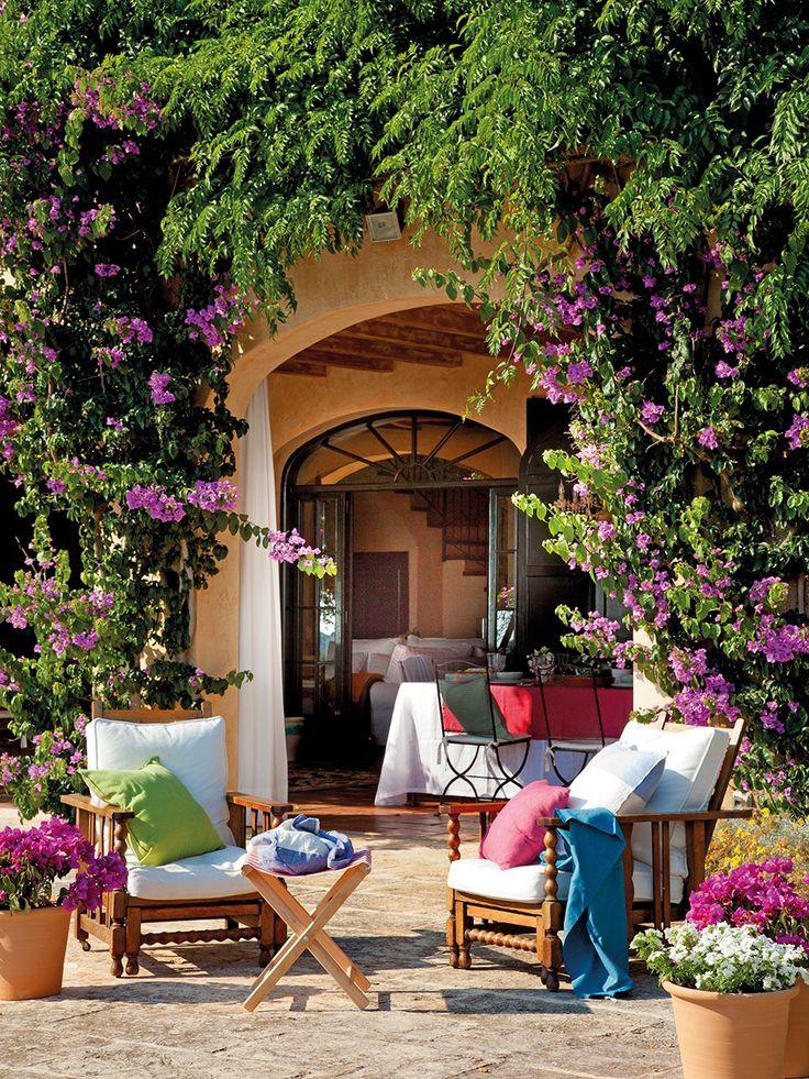 Lamb blonde gorgeous mediterranean island home - Estilo de casas ...