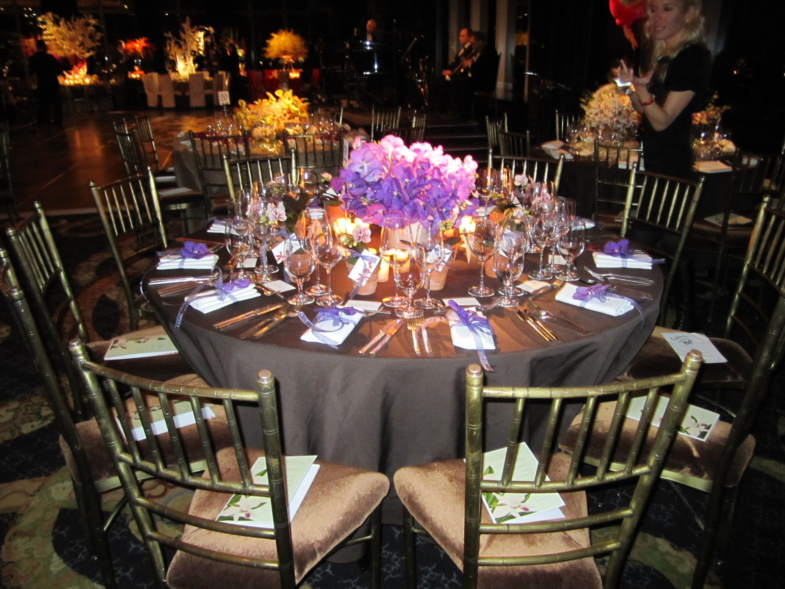 How Much Will These Round Table Centerpieces Cost From Florist