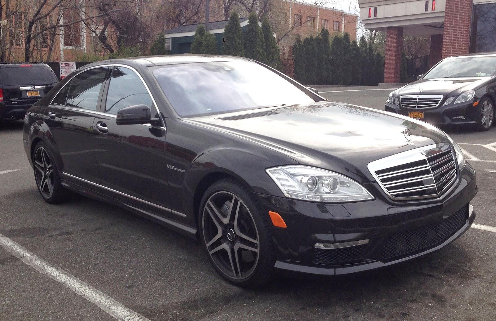 Cho thuê xe Mercedes S65 AMG siêu VIP