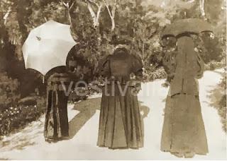 Eugenia de Montijo y Sissi. Lacasamundo.com