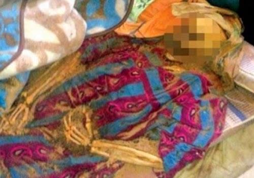 Jenazah sang ibu setelah 8 bulan meninggal (alwatanvoice.com)